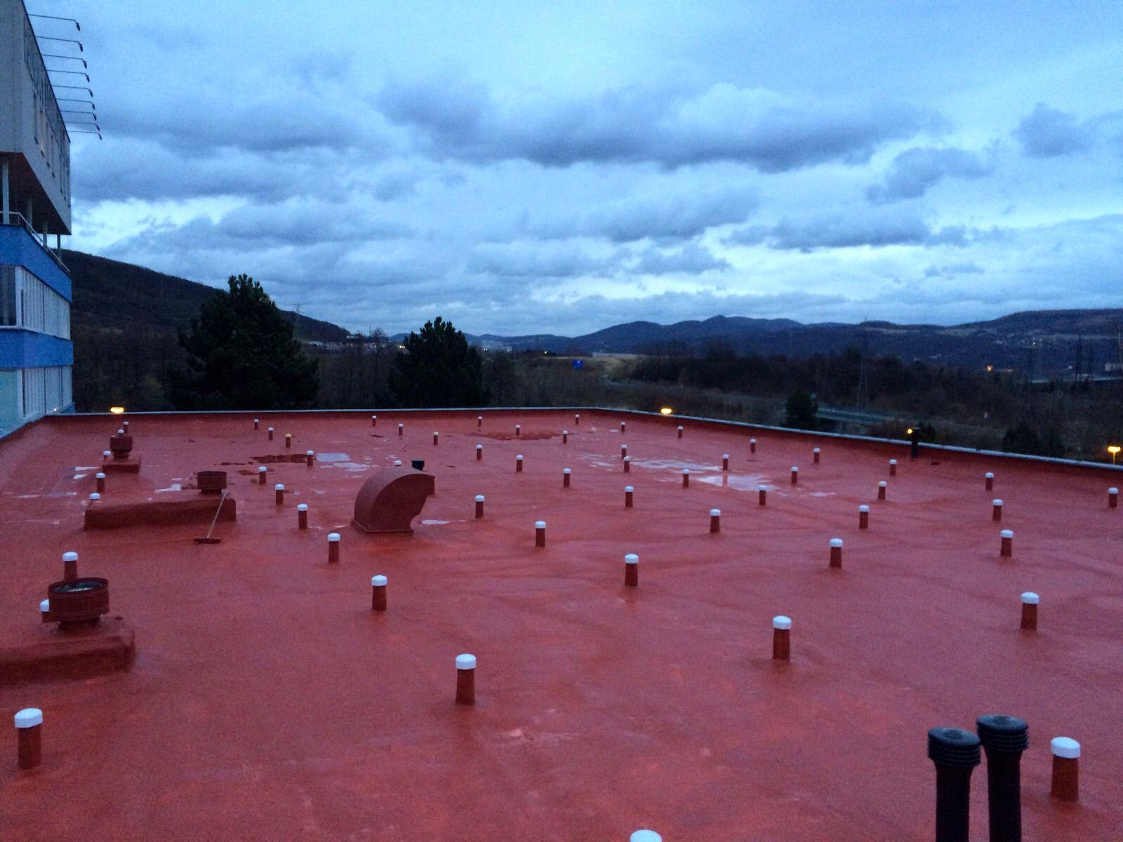 Střecha palivového kombinátu po rekonstrukci
