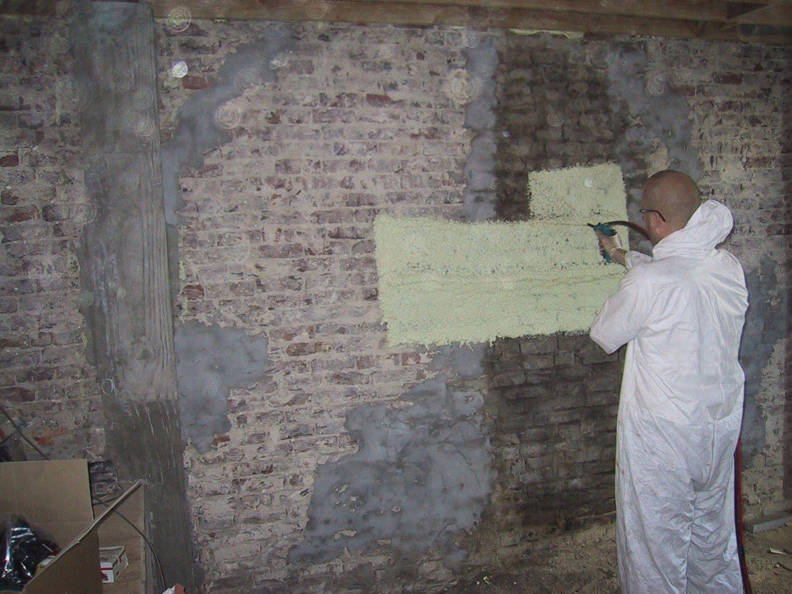 Izolace stěny sklepa  tvrdou pěnou S-303E-P