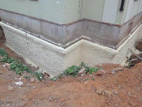 Hydroizolace základů starého domu